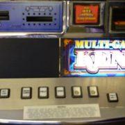 multi-game-keno-williams-bluebird-1-slot-machine--1