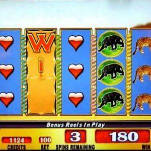 running-wild-williams-bluebird-1-slot-machine--4