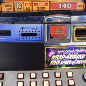 https://www.gamblerschoiceonline.com/wp-content/uploads/silverback-williams-bluebird-1-slot-machine-2.jpg